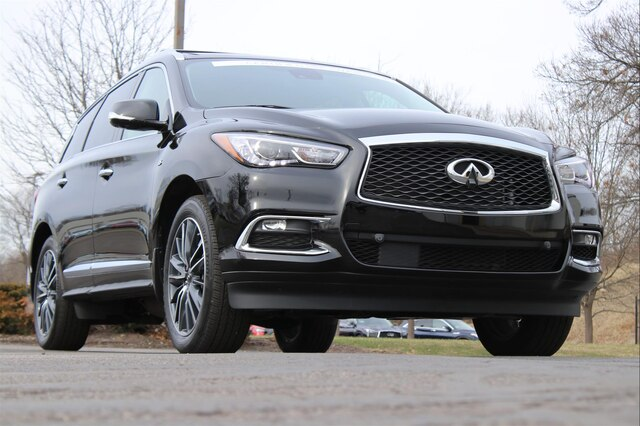 Certified Pre-Owned 2019 INFINITI QX60 LUXE ESSENTIAL SENSORY PROACTIVE THEATER