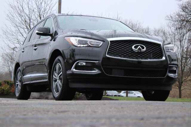 Pre-Owned 2020 INFINITI QX60 LUXE ESSENTIAL