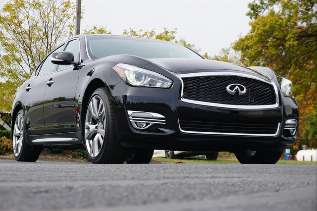 Pre-Owned 2018 INFINITI Q70L 3.7X LUXE