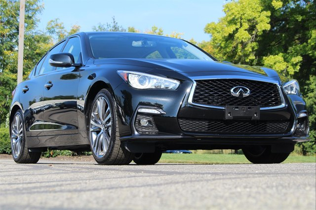 Pre-Owned 2018 INFINITI Q50 3.0t SPORT ESSENTIAL PERFORMANCE