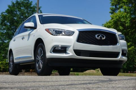 Certified Pre-Owned 2019 INFINITI QX60 LUXE ESSENTIAL