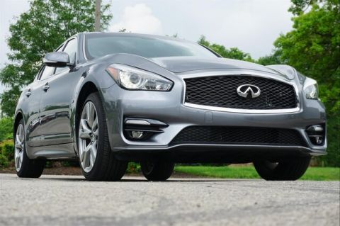Pre-Owned 2018 INFINITI Q70 3.7X LUXE SPORT