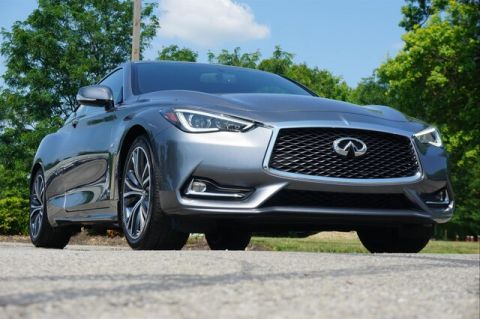 Pre-Owned 2018 INFINITI Q60 3.0t LUXE SENSORY